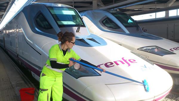 Ratificado el acuerdo entre UGT y Vectalia Raíl para realizar la limpieza de trenes TALGO de manera voluntaria