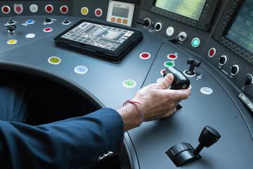 Grupo RENFE | UGT anima a continuar impartiendo las prácticas de conducción al personal externo