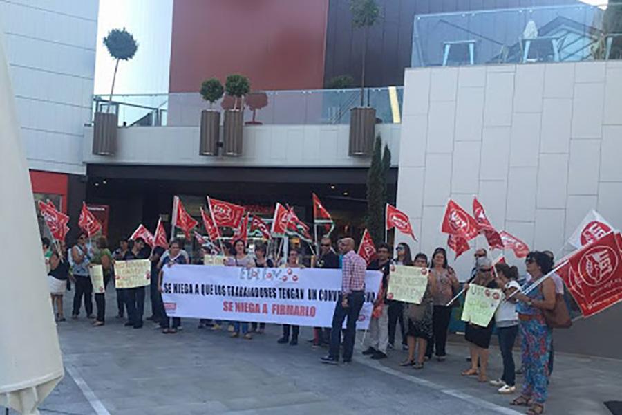 UGT firma el Convenio Colectivo de limpieza de edificios y locales de la provincia de Huelva