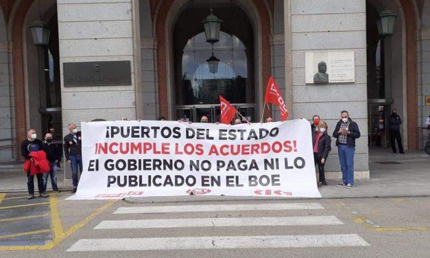 Puertos del Estado y el Ministerio de Transportes continúan sin cumplir los acuerdos firmados con los sindicatos